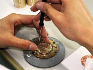 sE Electronics mají srdce ze zlata