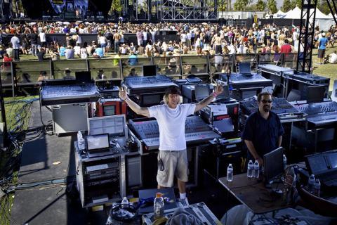 Dave Ratnafestivalu Coachella (2011)