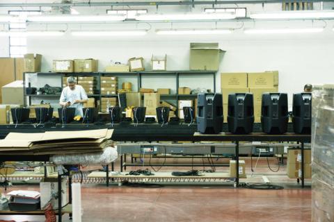 dB Technologies -montážní linka DVAT8