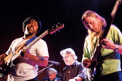 Victor Wooten & Steve Bailey