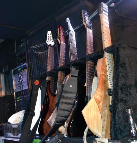 Tosin Abasi -kytary